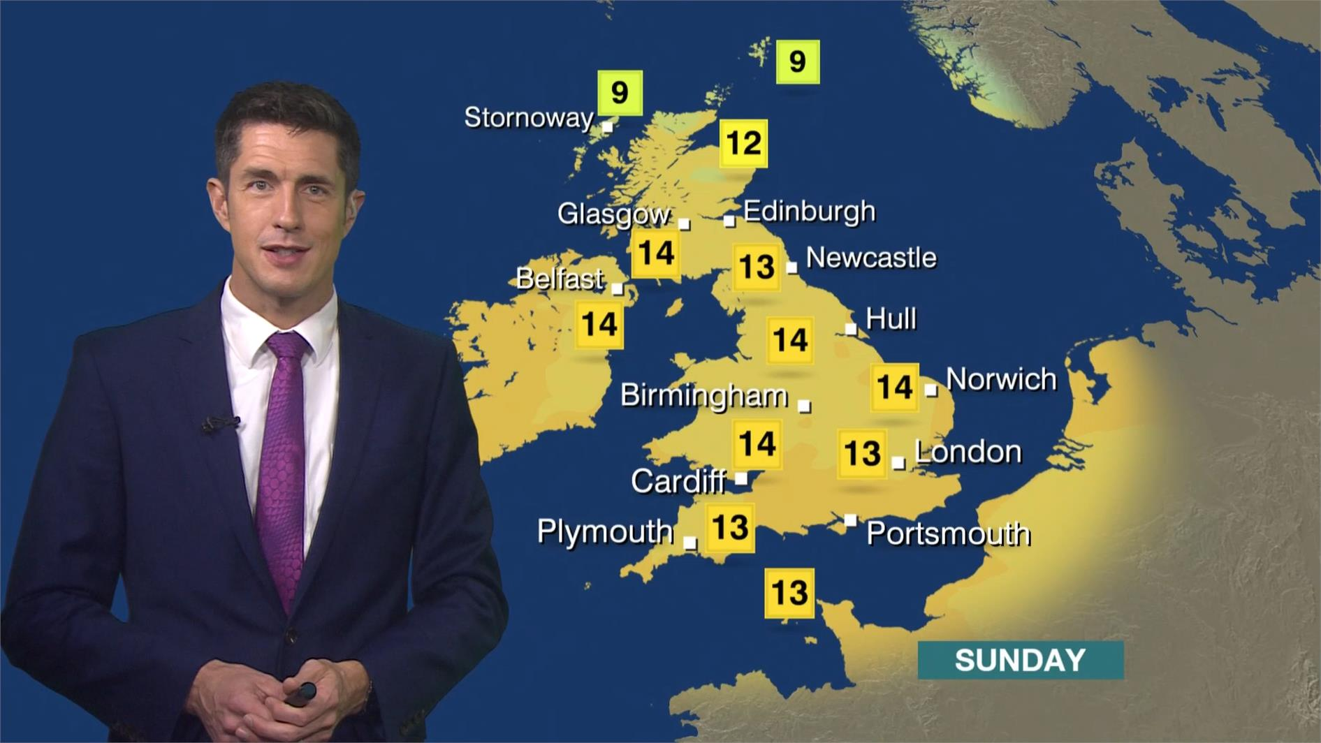 Chris Fawkes - BBC Weather Presenter (2)
