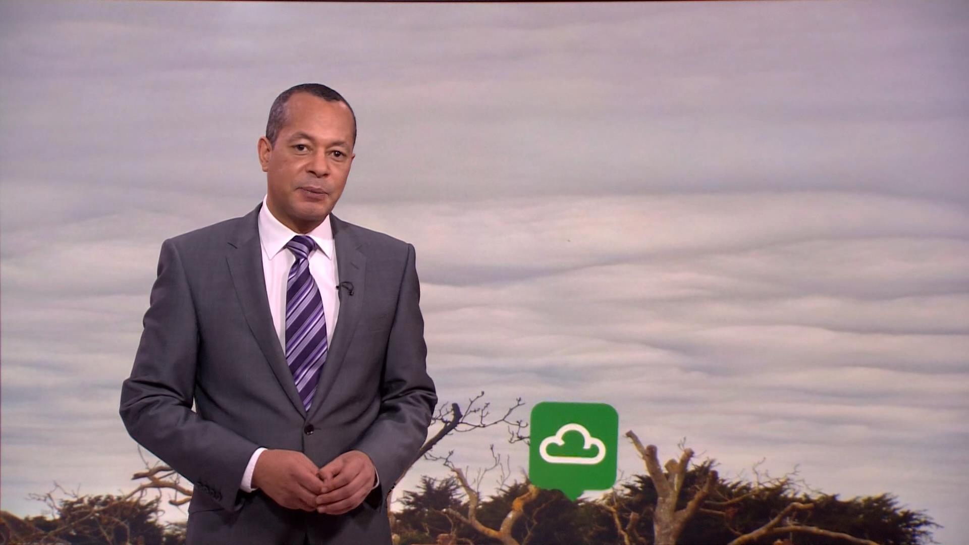 Jay Wynne - BBC Weather Presenter (3)